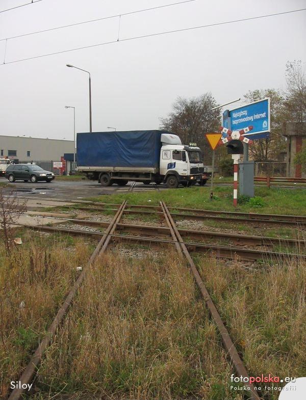 2005-2006_-_przebudowa_ulicy_Zmigrodzkiej_34117_Fotopolska-Eu