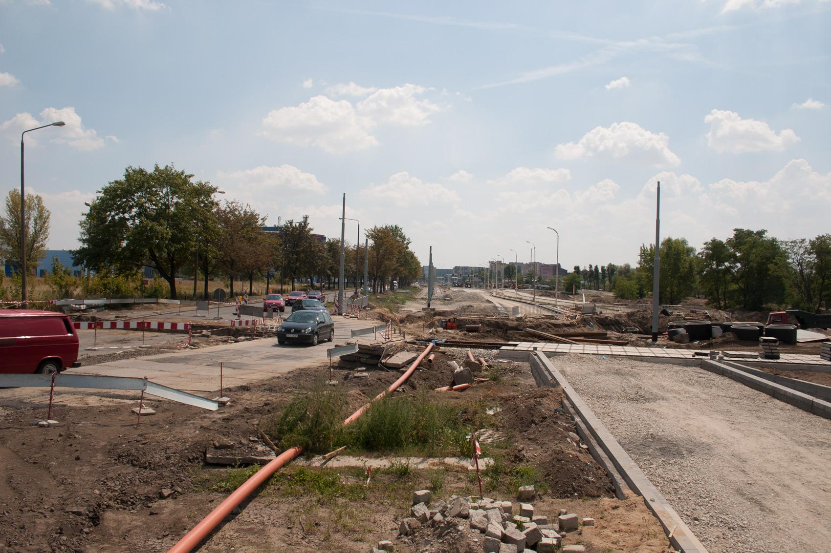 2005-2006_-_przebudowa_ulicy_Zmigrodzkiej_627815_Fotopolska-Eu
