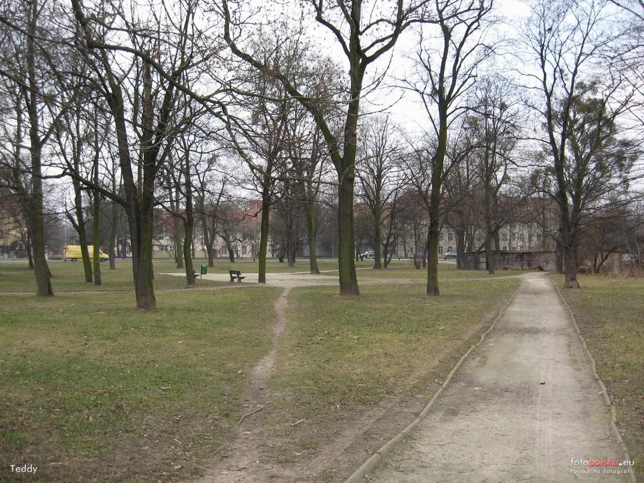 Cmentarz_na_Rozance_471498_Fotopolska-Eu