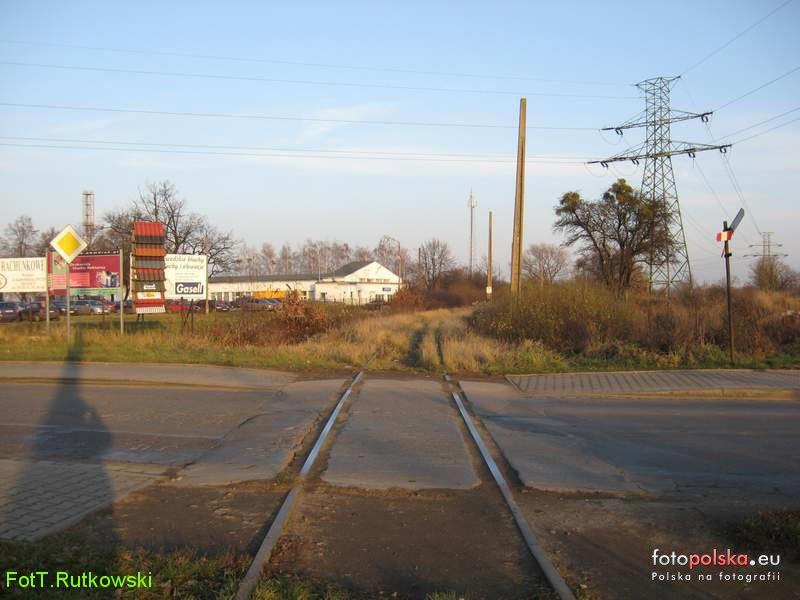 Przejazd_kolejowy_w_ciagu_ul_Kamienskiego_549520_Fotopolska-Eu