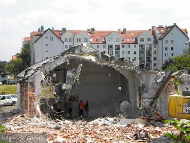 z14248211Q,Wyburzanie-dawnej-parowozowni-wroclawskiej-kolejki
