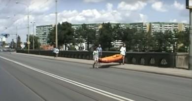 Mosto Osobowicki i widok na Polankę